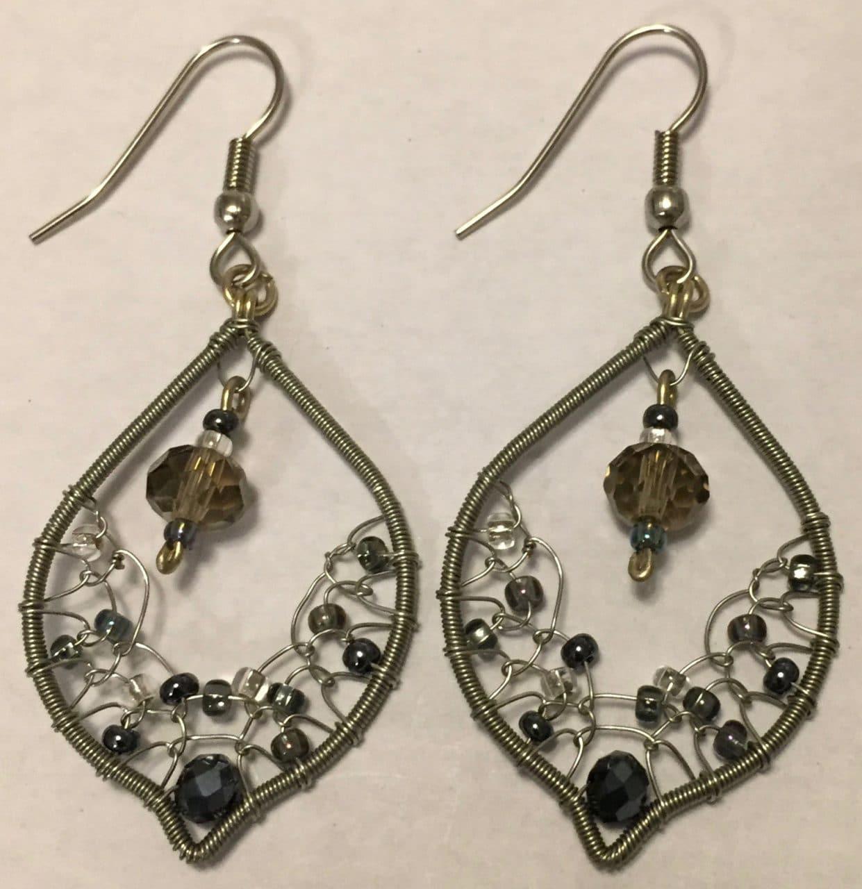 Arabian Nights Earrings - Grays