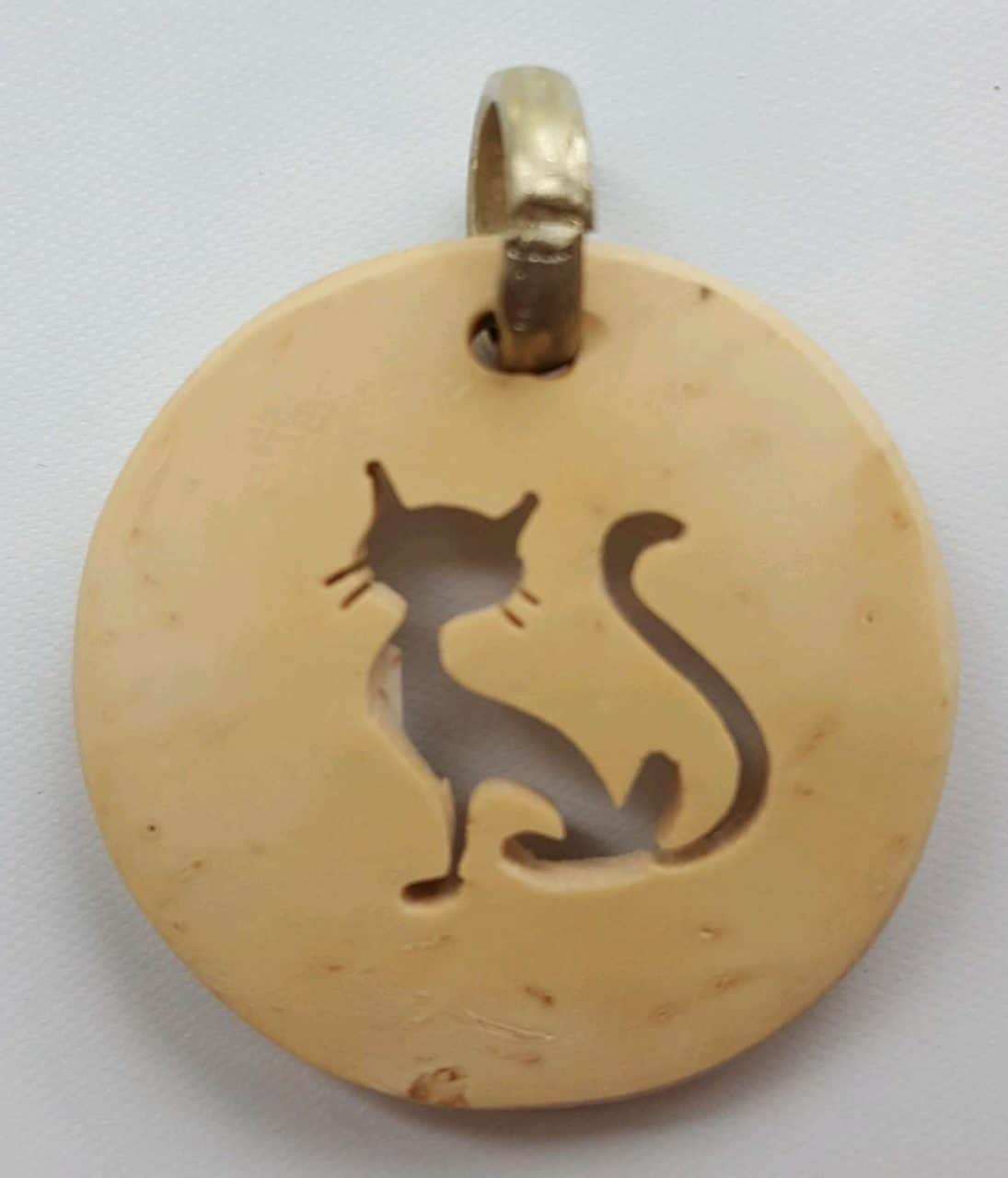 Cat – Siamese	 Coco Spirit Hand-Carved Coconut Shell Necklace