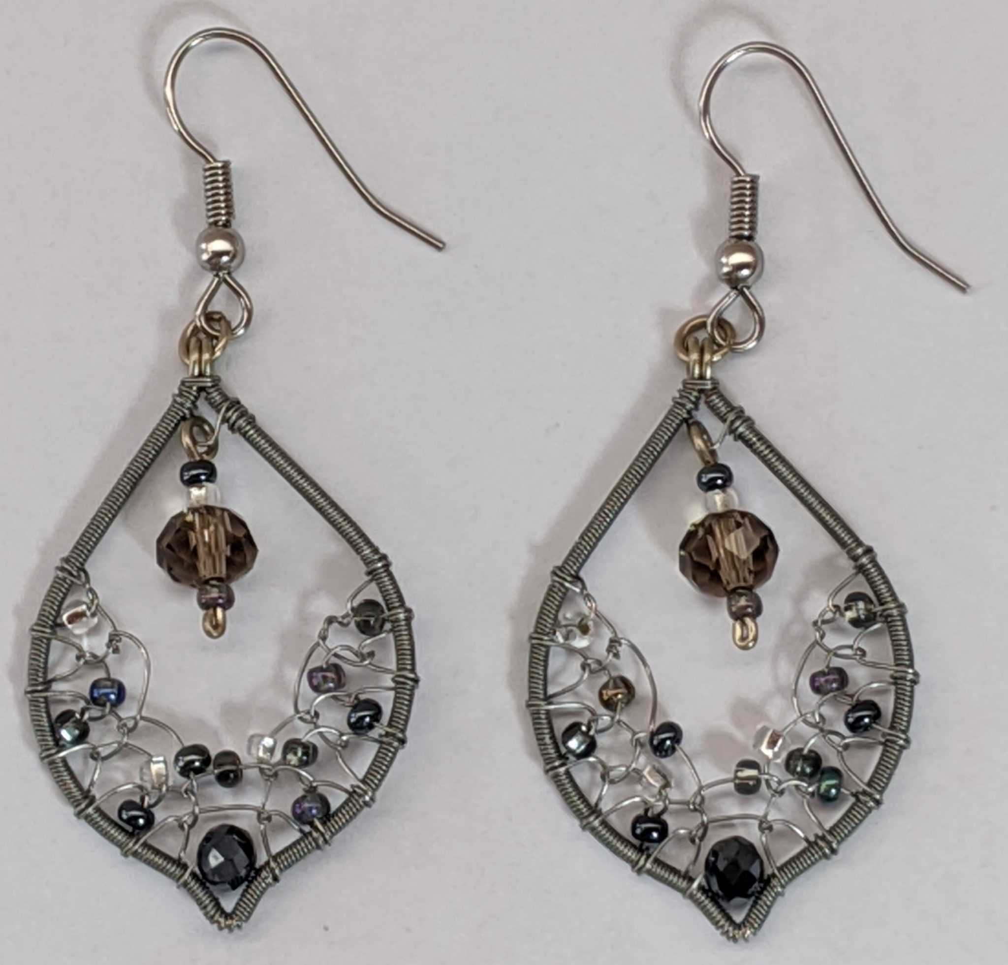 Arabian Nights Earrings - Grays
