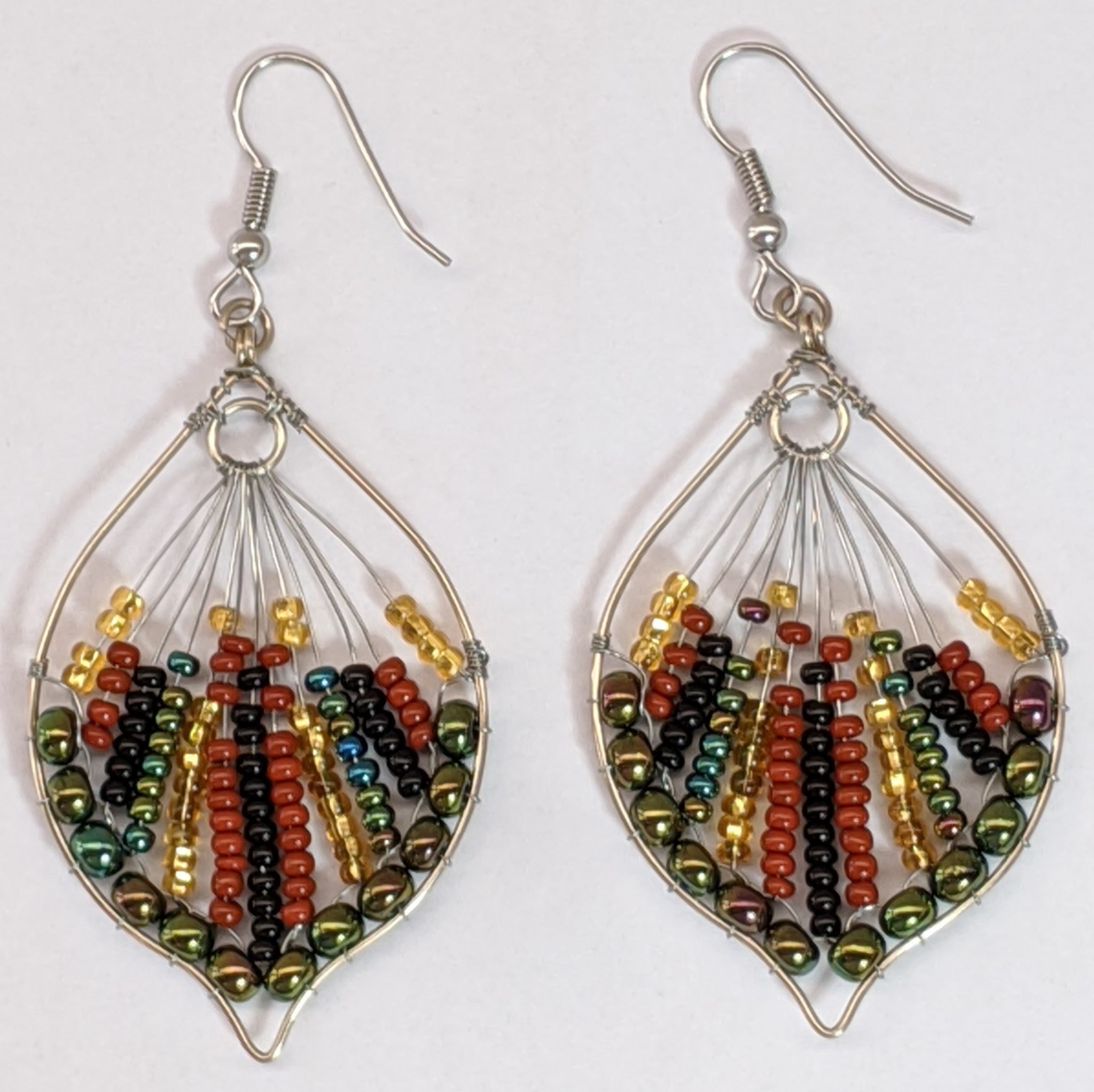 Peacock Tail Beaded Earrings - Sophisticated Autumn