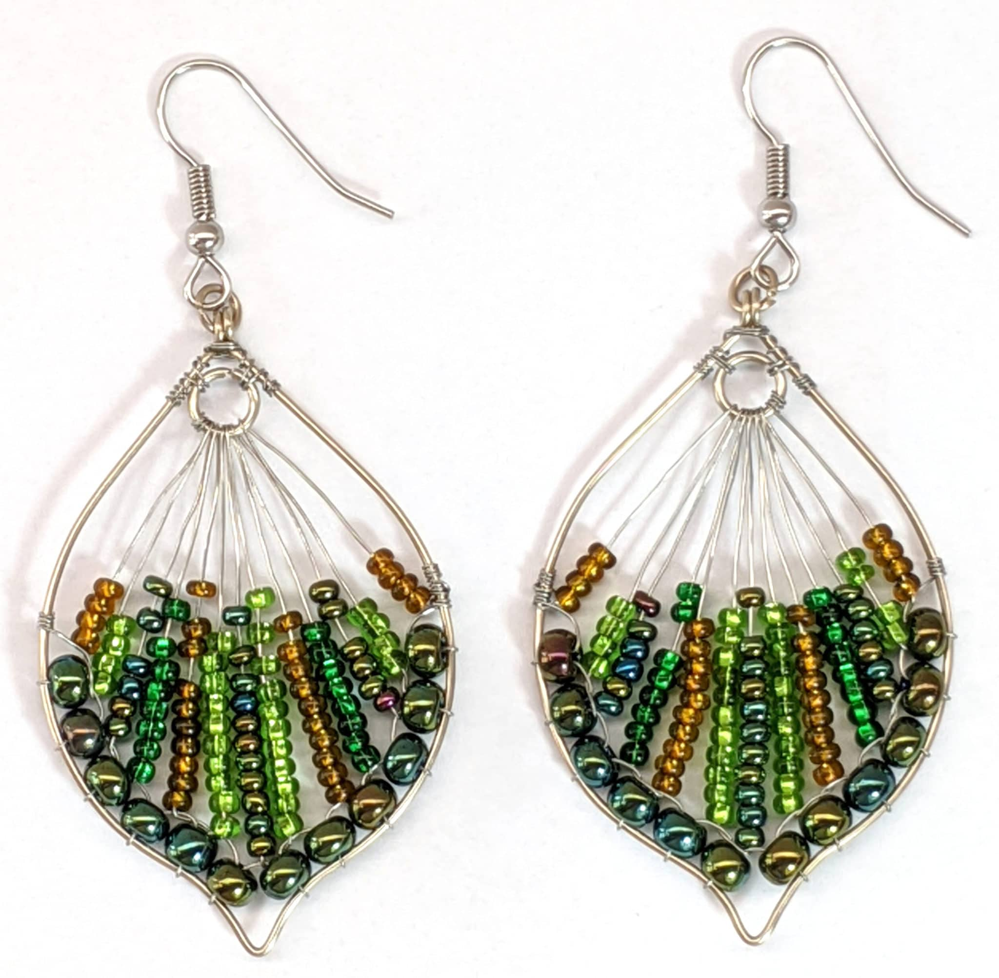 Peacock Tail Beaded Earrings - Forest Green
