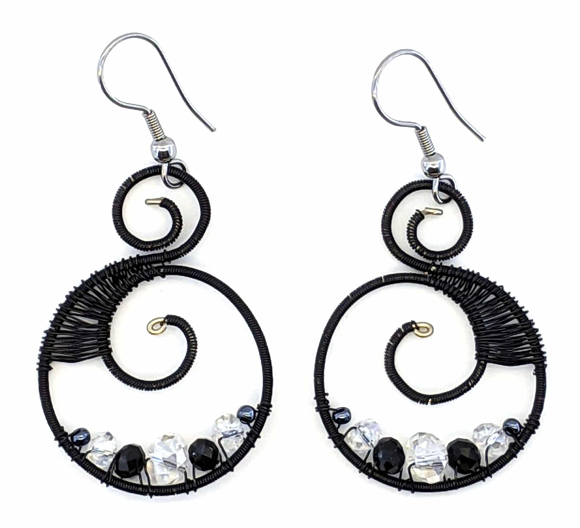 Curly Beaded Earrings -Black and White